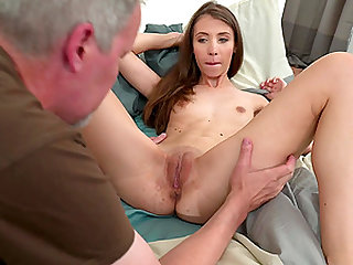 Mature guy gets lucky with insatiable brunette Stefanie